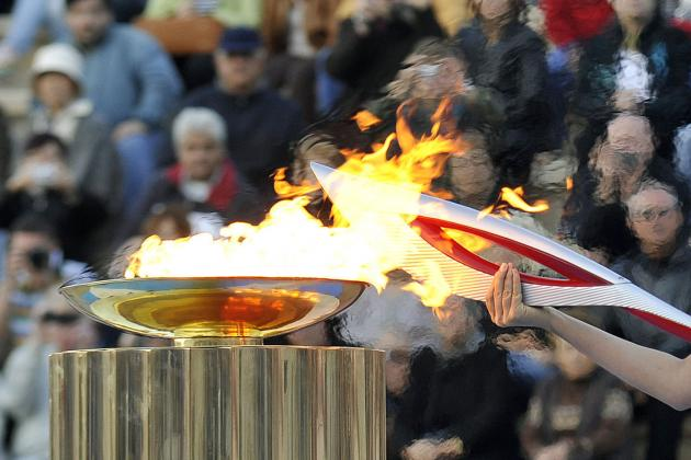 Russian Torchbearer Dies After Carrying Flame in Sochi Relay