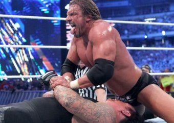 Wwe The Undertaker Triple H And The Tap On The Back That