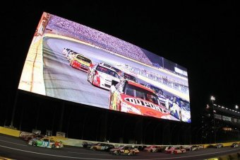Why nascar needs to improve the fan experience at tracks for Charlotte motor speedway nascar experience