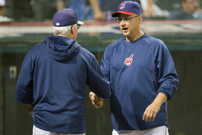 http://img.bleacherreport.net/img/article/media_slots/photos/001/095/844/hi-res-169743867-managers-joe-maddon-of-the-tampa-bay-rays-and-terry_crop_exact.jpg?w=650&h=433&q=85
