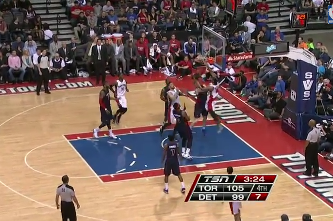Raptors' DeMar DeRozan Absolutely Posterizes Pistons' Kyle Singler