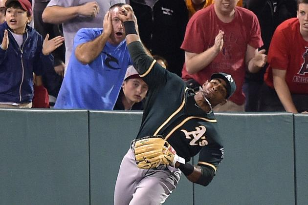 Yoenis Cespedes Throws Albert Pujols out at 3rd Base After Misplaying Ball