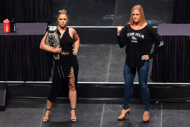 женские бои, смешанные единоборства, UFC, Холли Холм, Ронда Раузи