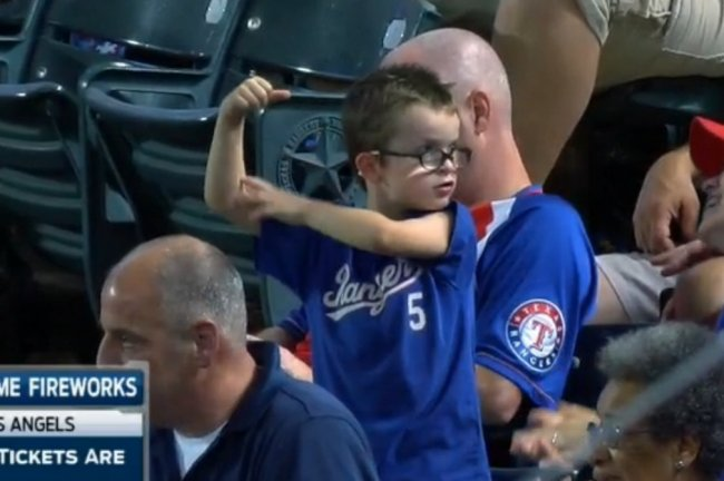 Young rangers fan flexes continues baseball 39 s streak of good sports kids bleacher report for Swimming pools drank instrumental