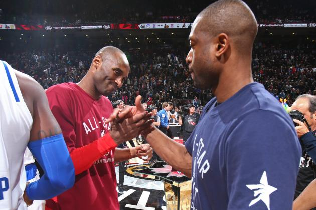 Dwyane Wade Gifts Kobe Bryant a Netflix Subscription at All-Star Send-off