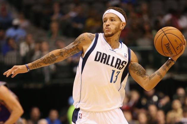 Former NBA Guard Delonte West Seen Wandering Outside of a Jack in the Box