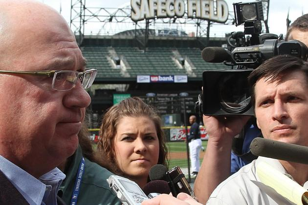Seattle Mariners: Is Jack Zduriencik Acting Too Slowly?
