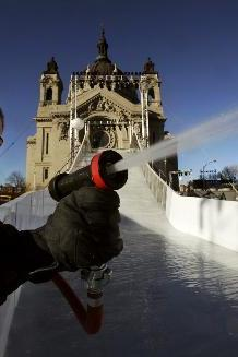 2012 Red Bull Crashed Ice Races: St. Paul to Play Host to Most Insane Sport Ever