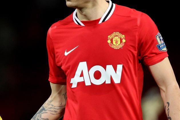 Dimitar Berbatov: Manchester United Star Shouldn't Leave Old Trafford