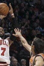 Phoenix Suns vs. Chicago Bulls: C.J. Watson, Richard Hamilton Spark Bulls' Win