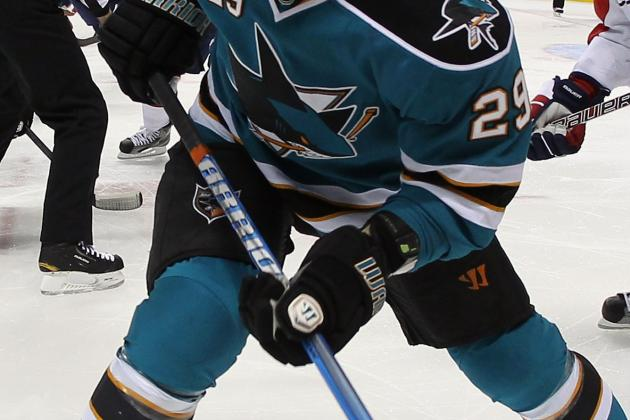 NHL Trade Rumors: Sharks Must Stick to Their Guns and Keep Ryane Clowe