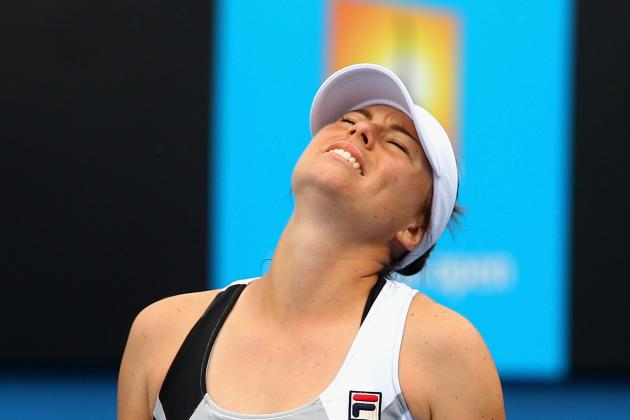 Vera Zvonareva out of 2012 Australian Open: Ekaterina Makarova Advances