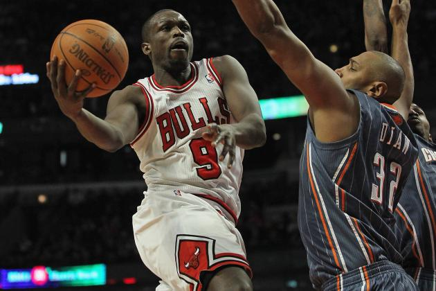 Effect Luol Deng's Injury Will Have on Chicago Bulls' Roster and Record