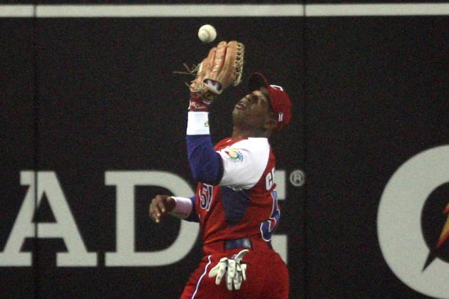 Yoenis Cespedes Gains Residency in the Dominican Republic