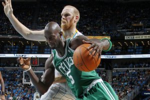 NBA Trade Possibilities: How Chris Kaman to Boston Celtics Shakes Up the East