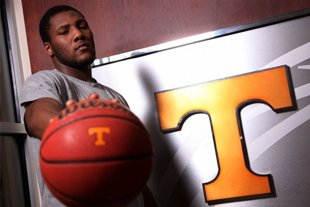 Tennessee Basketball: Jeronne Maymon Is Sneaking into the SEC Elite