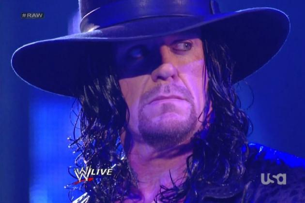 The Undertaker Returns to WWE Raw Supershow...with a Terrible Wig