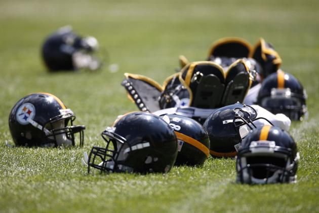 2012 Pittsburgh Steelers: The Same Uniform, Very Different Team