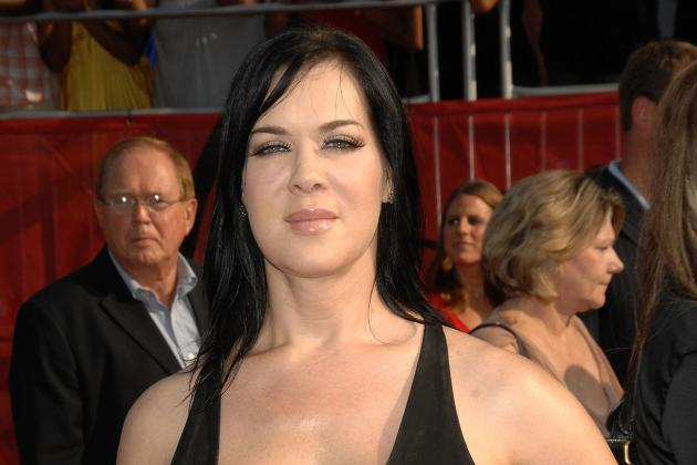 WWE News: Concern for Chyna Increases as She Tweets 150+ Times and Counting