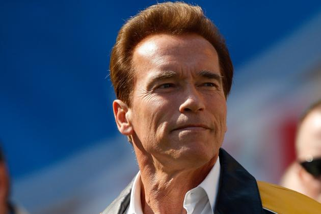Super Bowl 2012: Top Celebrity Picks for Giants and Patriots