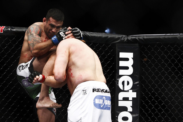 UFC 143 Results: Fabricio Werdum Defeats Roy Nelson by Unanimous Decision