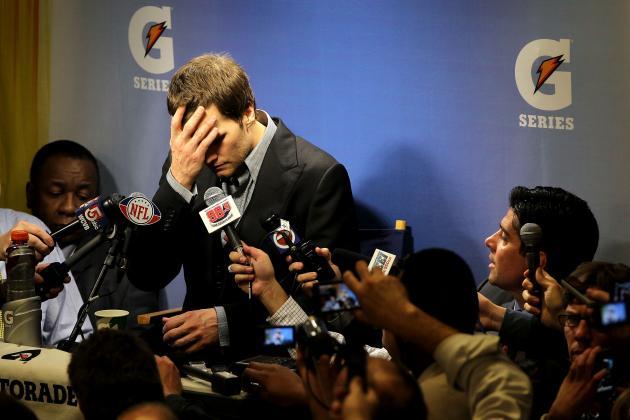 Giants vs. Patriots: Rob Gronkowski, Matt Light Should Be Ashamed of Themselves
