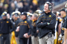 Iowa Football: Phil Parker Promoted to Hawkeyes Defensive Coordinator