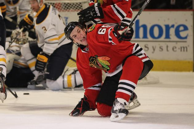 Chicago Blackhawks: Why Blackhawks Fans Have Fallen in Love with Andrew Shaw