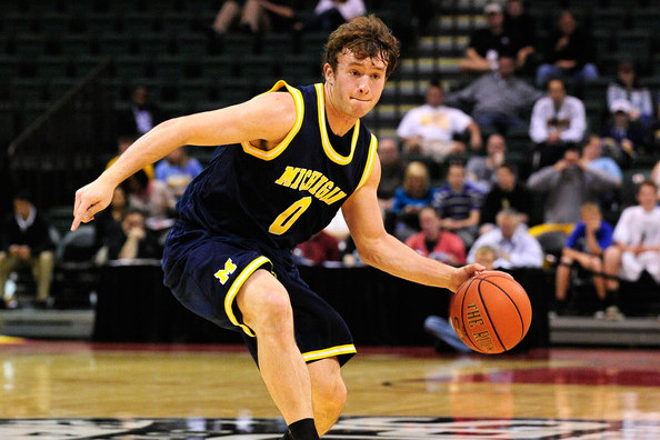 Michigan Basketball: Wolverines Roll Past Nebraska, Will Face Illinois at Home