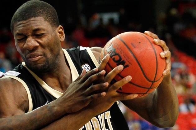 Kentucky-Vandy Strategy Hinges on Davis-Ezeli Matchup