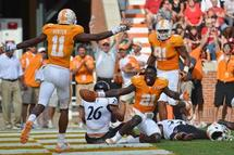 Tennesse Football: Will the Vols Wide Receivers Be the Best in College Football?