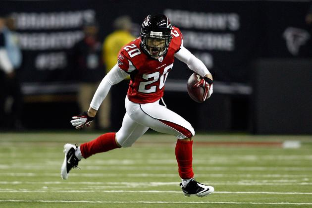 NFL Free Agency 2012: 6 Free Agents That Won't Get the Top Money They Deserve