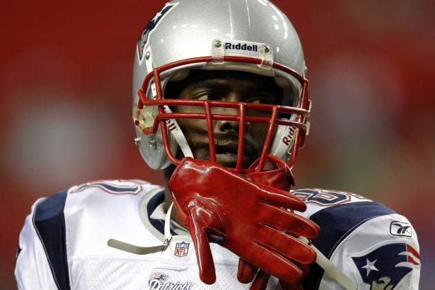 Randy Moss: Why Future Hall of Famer Should Attempt Comeback to NFL