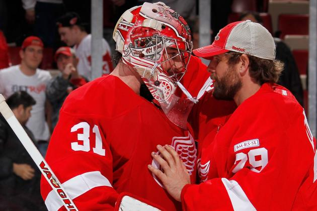 Detroit Red Wings: 5 Goaltenders Red Wings Could Pursue with Jimmy Howard Hurt