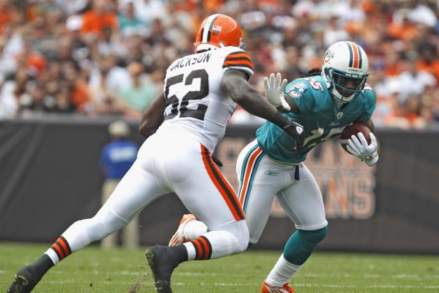 NFL Free Agency Rumors: D'Qwell Jackson to Remain with Cleveland Browns in 2012