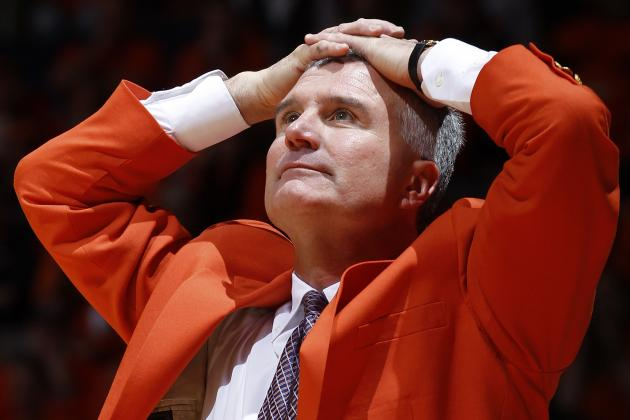 Illinois Basketball: Should Bruce Weber Stay or Should He Go?