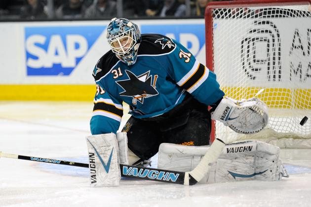 Antti Niemi Continues to Struggle but Respectable in San Jose Sharks Loss