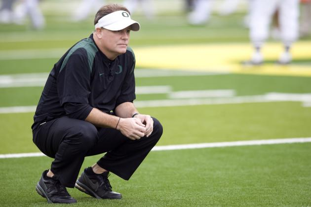 Oregon Football Coach Chip Kelly vs. Michigan Legend Bo Schembechler
