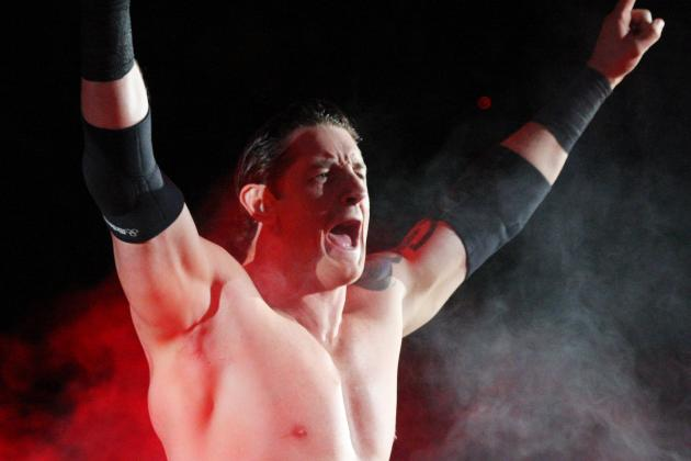 WWE:  Wade Barrett out for 6 to 8 Weeks