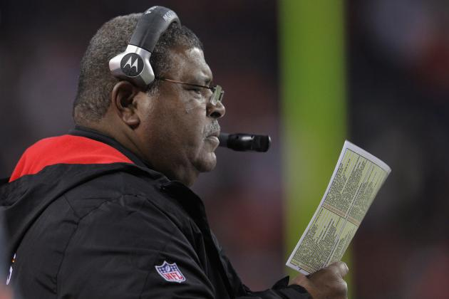 Romeo Crennel Gets His Man as Kansas City Chiefs Sign Stanford Routt