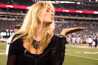 Daytona 500 2012: Kate Upton's Appointment as Grand Marshal Shows She's Rising