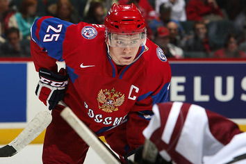 Caps May Lose Top Prospect Evgeni Kuznetsov to Russian KHL