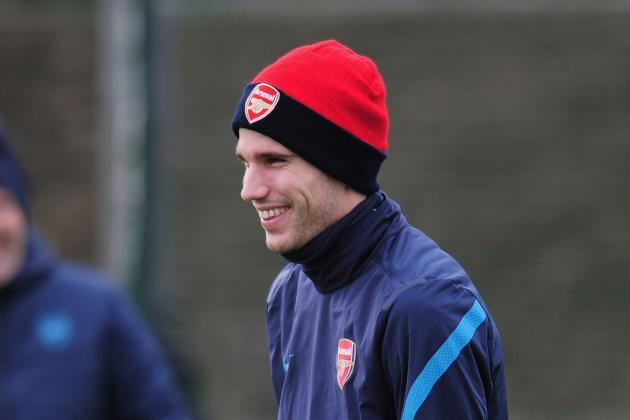 Robin Van Persie Caught Between Zlatan Ibrahimovic and Cesc Fabregas