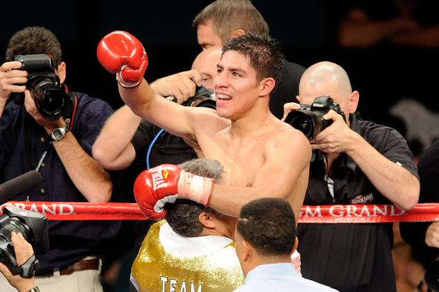 Jessie Vargas on His Way to Big Things After Ugly Win over Lanardo Tyner
