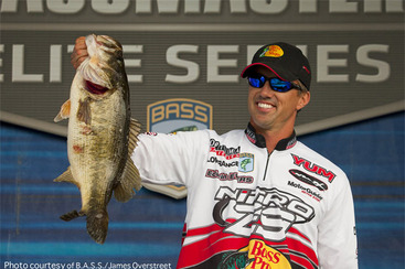 Bassmaster Classic 2012 Results: Edwin Evers Hauls in Big One to Climb the Board