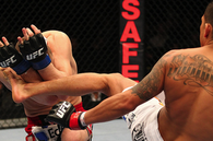 UFC 144 Results: Anthony Pettis Defeats Joe Lauzon by Head-Kick Knockout