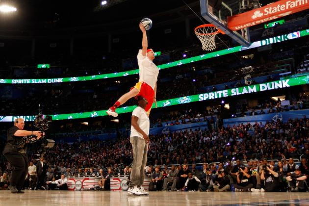 NBA Slam Dunk 2012 Video: Hilarity Ensues as Chase Budinger Jumps over P. Diddy