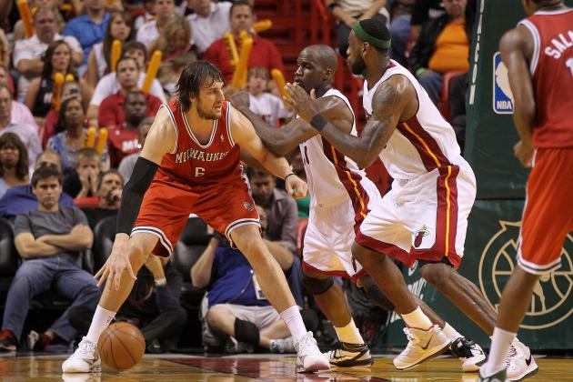NBA Trade Rumors: Would Milwaukee Bucks Be Open to Dealing Andrew Bogut?