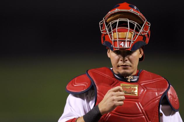 Report: Yadier Molina Likely to Become 2nd-Highest-Paid Catcher in MLB History