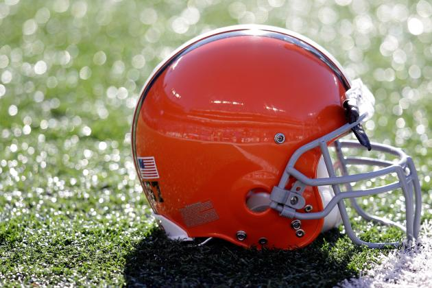 Representative of Top 10 Prospect Hopes the Cleveland Browns Stay Away